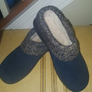 Cabela slippers